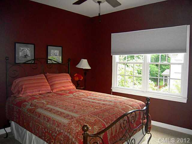 Red Bedroom Colors When Selling Your Home Leave The Red Out  Decoratingdonna .