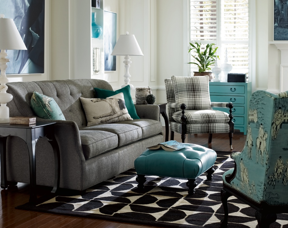 Color trend color trend fabulous decorating by for Teal blue living room ideas