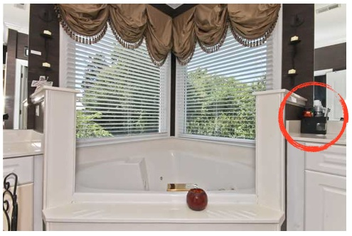 bathroom_staging_mistakes