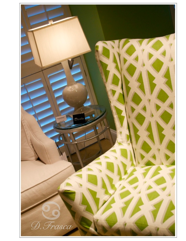 crlaine green chair