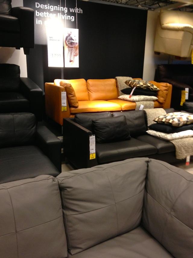 apricot_sofa