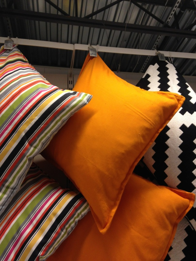 orange_pillows