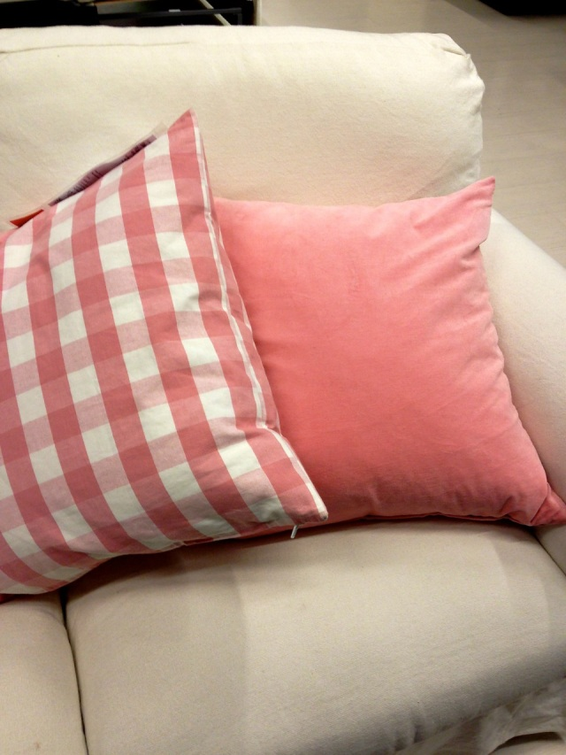 pink_pillows